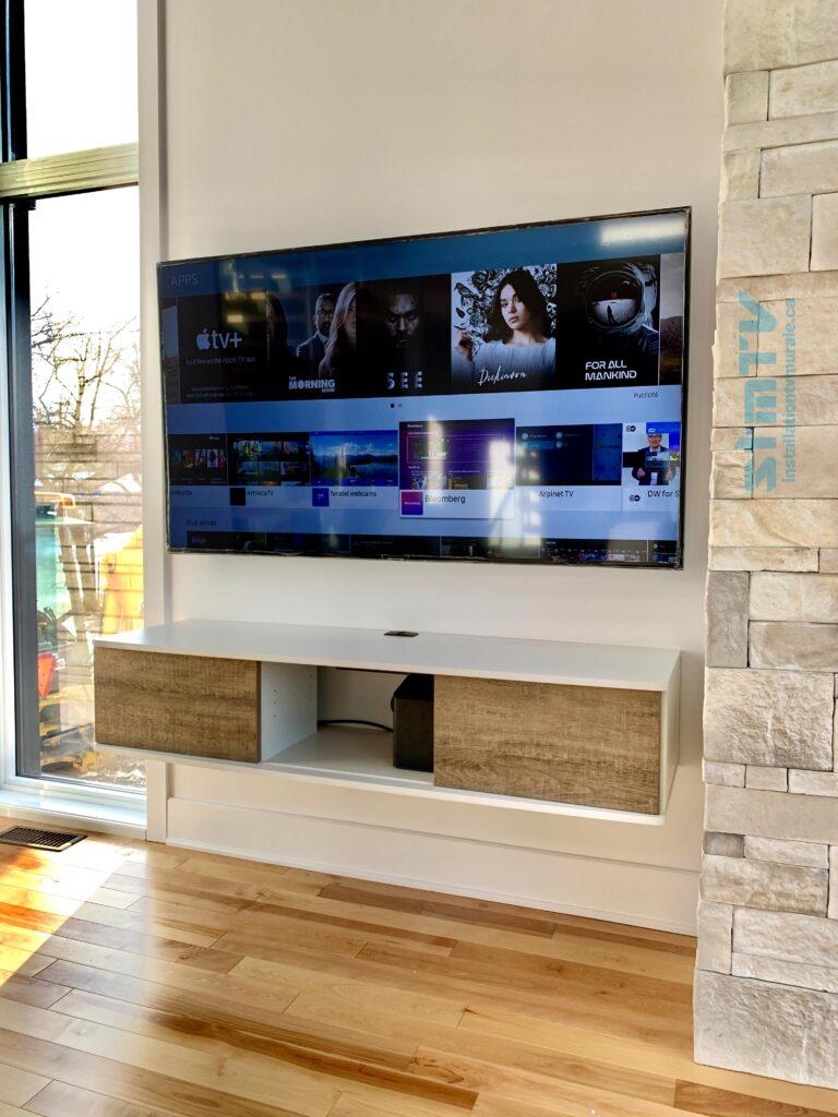 installation mural d'une tv et un meuble télévision